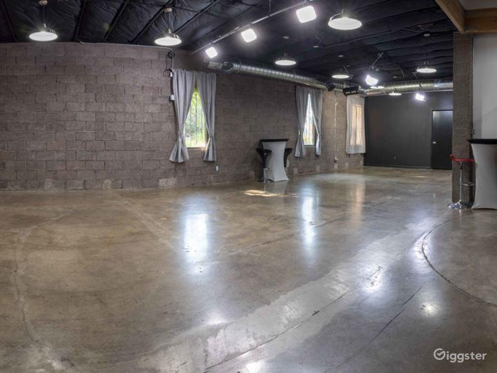 Natural Light Studio in Phoenix Photo 4