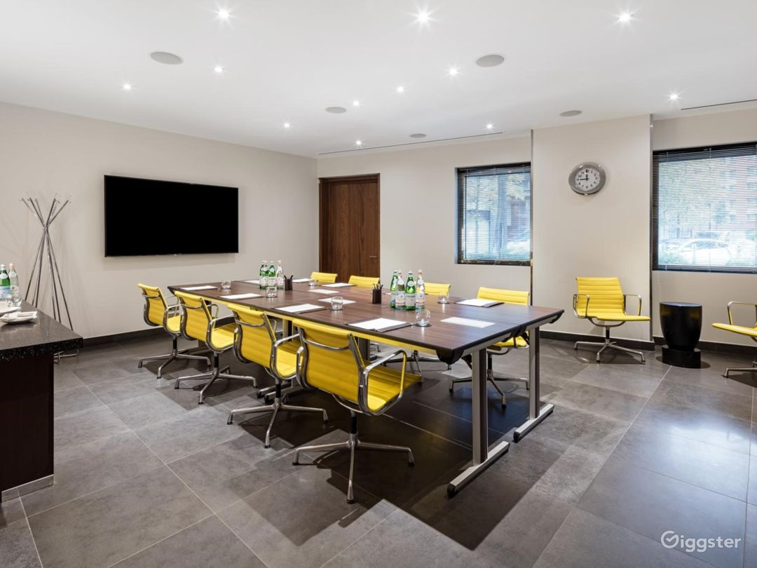 Dashing Private Room 5 in Canary Wharf, London Photo 1