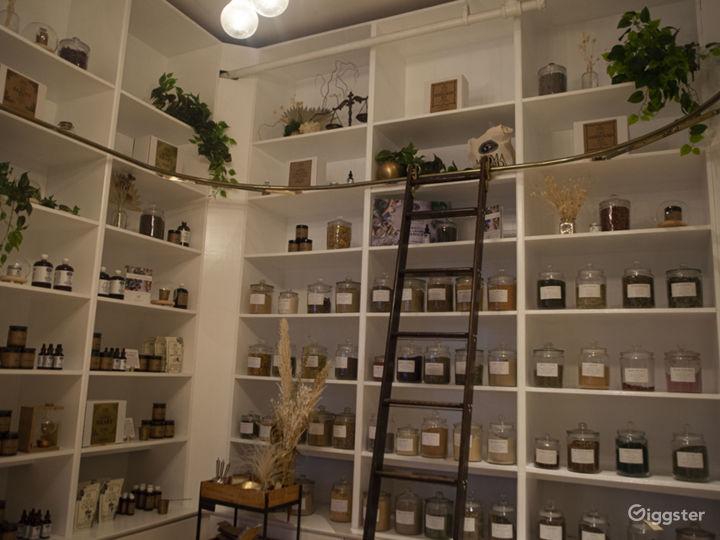 Botanical Speakeasy Elixir Bar Photo 3