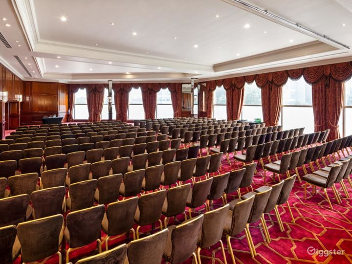 The Commonwealth Suite for Large Events & Conferences in London, Heathrow Photo 4