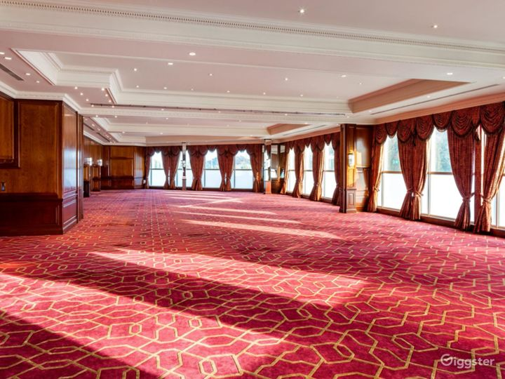 The Commonwealth Suite for Large Events & Conferences in London, Heathrow Photo 3