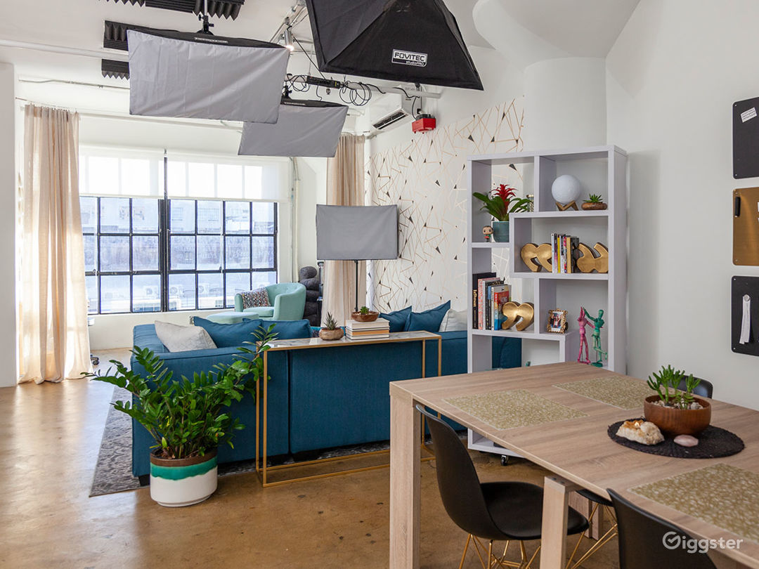 Versatile DTLA Studio Loft with Interview Set Photo 1
