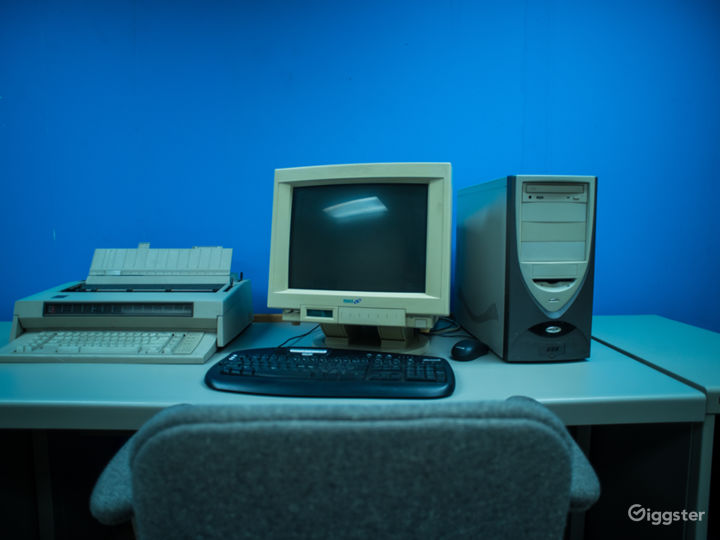 90s Retro Office Space