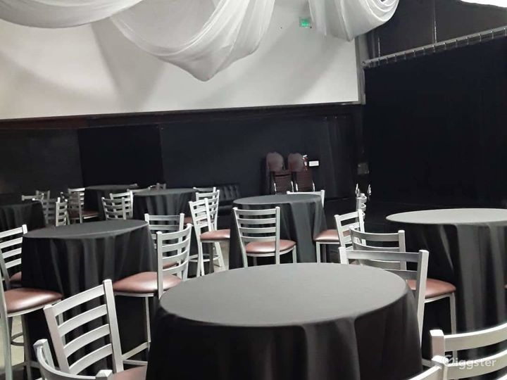 Contemporary and Stylish Studio in Salt Lake Photo 2