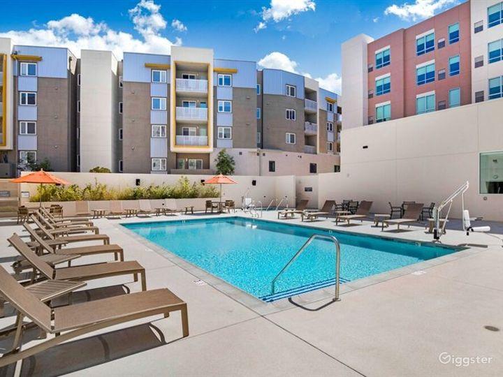 Delightful Patio and Pool Area in LA Photo 2