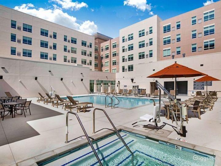 Delightful Patio and Pool Area in LA Photo 3