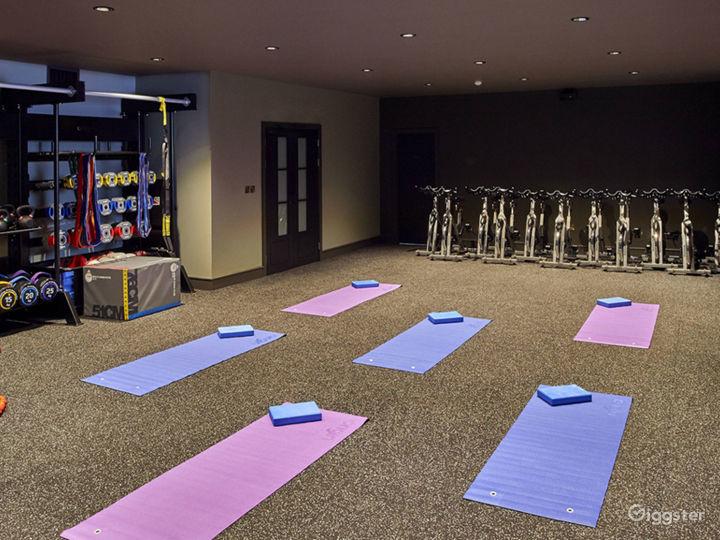 Spacious Fitness Center in Edinburgh Photo 4