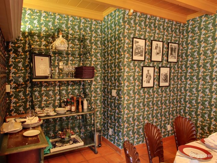 Small Private Room for Parties in Palm Beach Photo 2