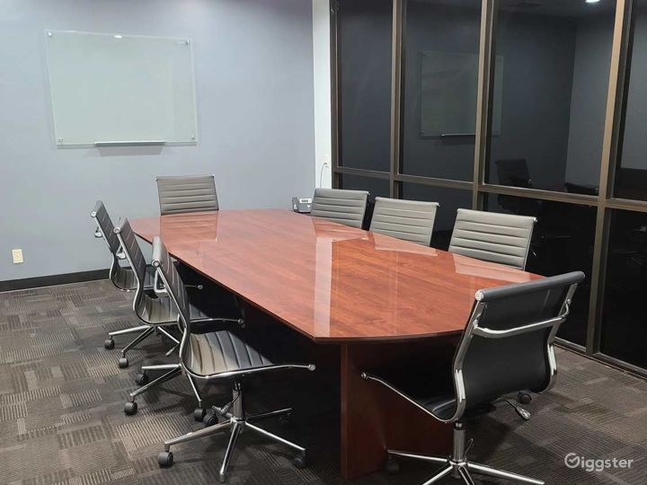 Tidy Conference Room in Ontario (4th Floor) Photo 4