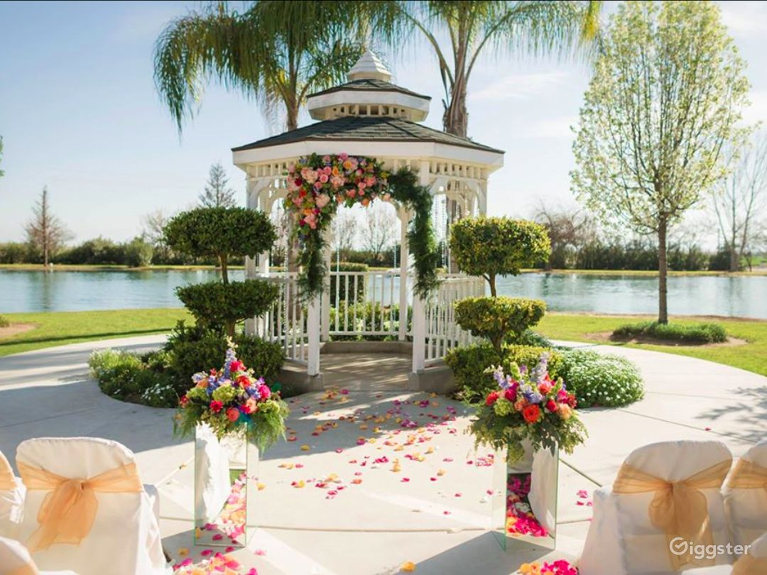 Romantic Grass with Trees venue I in Shafter Photo 1