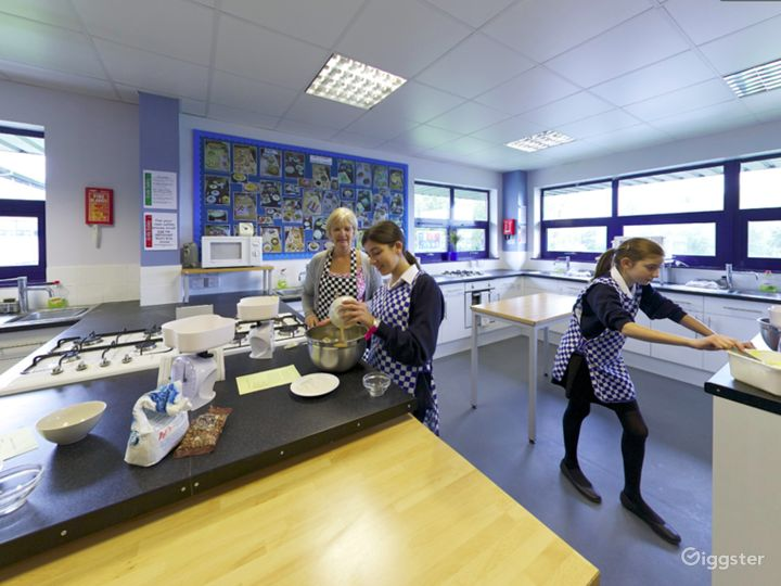 Bright and Modern Catering Classroom in London