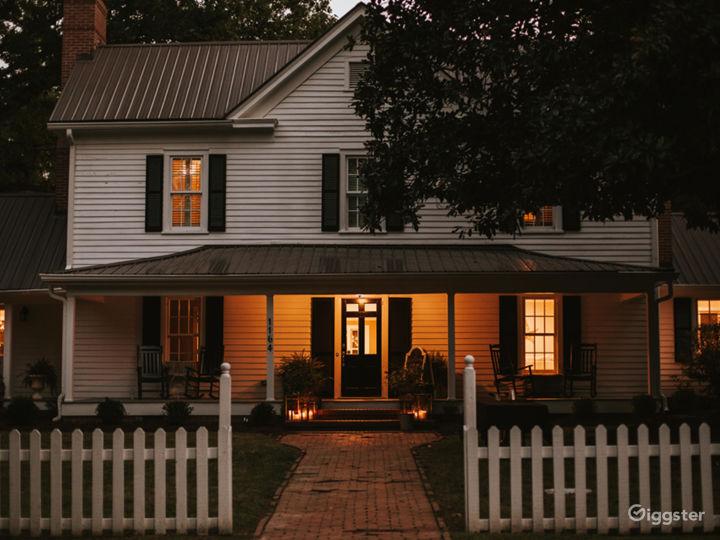 Historic Remodeled Farmhouse on 10 acres of Oaks Photo 3