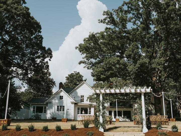 Historic Remodeled Farmhouse on 10 acres of Oaks Photo 5