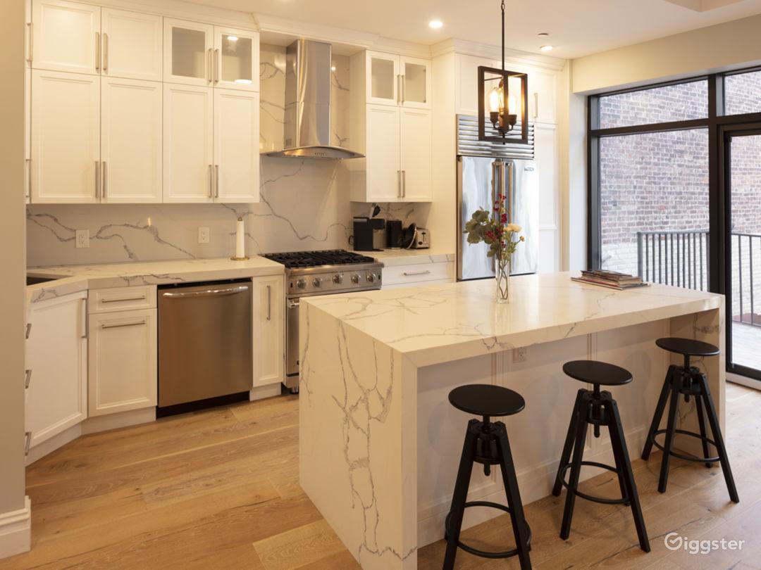 Modern Minimal Brooklyn Duplex for your next shoot Photo 3