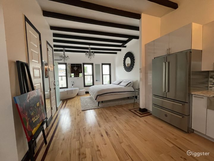 Supreme Suite In Downtown Brooklyn  Photo 3