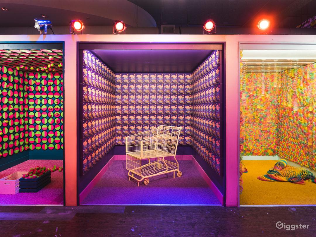 10,000 sqft immersive art installation Photo 1