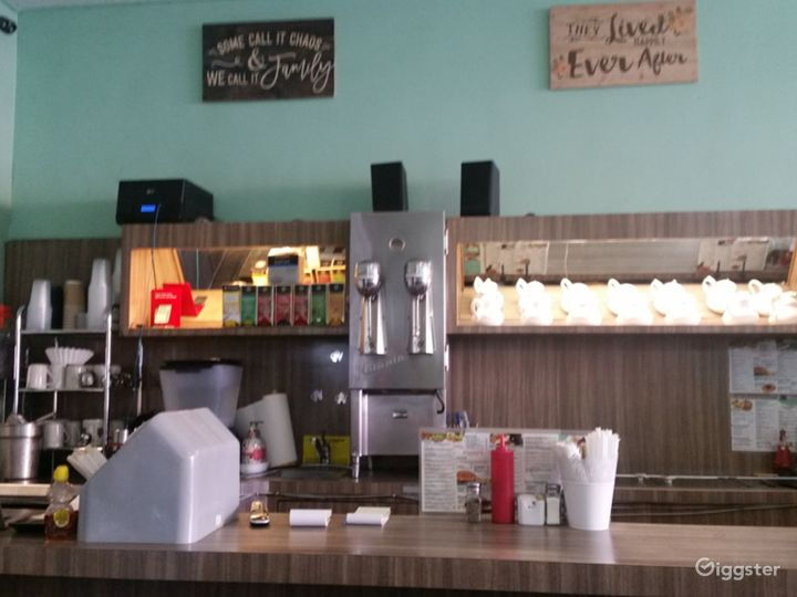 Beverly Hills Cafe Photo 4