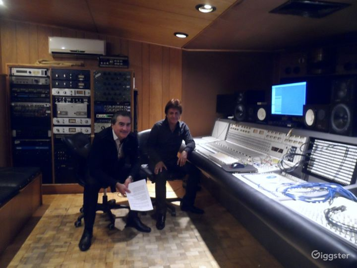 Music Recording Studio in the Heart of Hollywood Photo 2