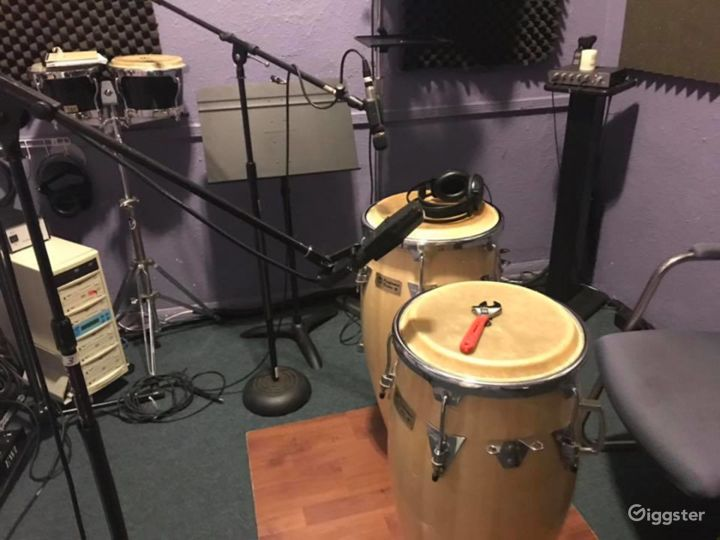 Music Recording Studio in the Heart of Hollywood Photo 4