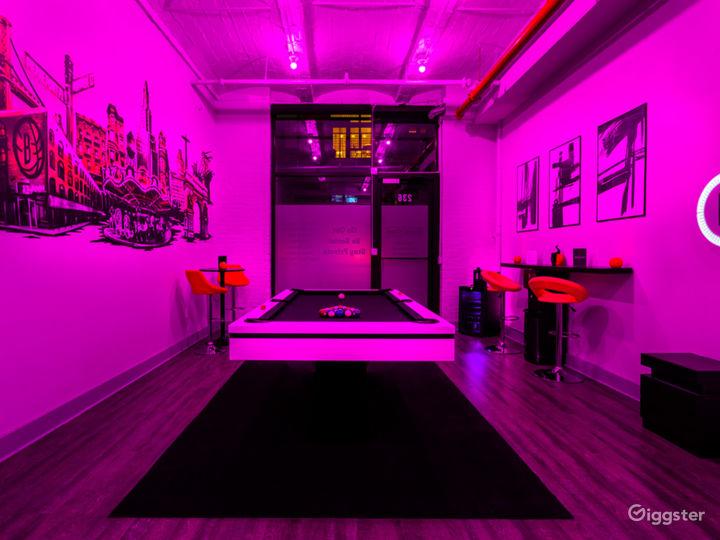 Modern Art-Inspired Stylish Private Venue Photo 3