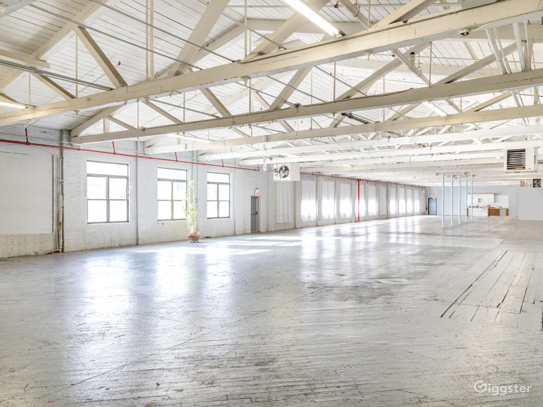 12,000 sq/ft Minimalist Warehouse Loft Photo 2