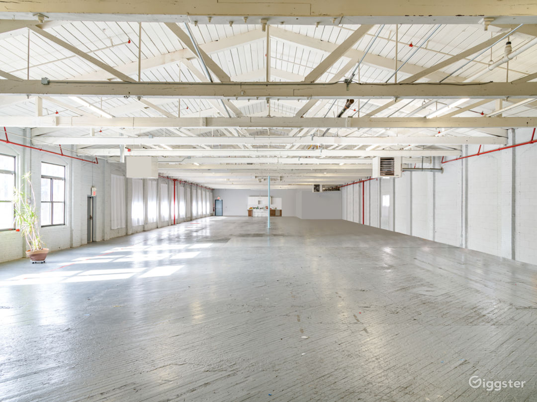 12,000 sq/ft Minimalist Warehouse Loft Photo 1