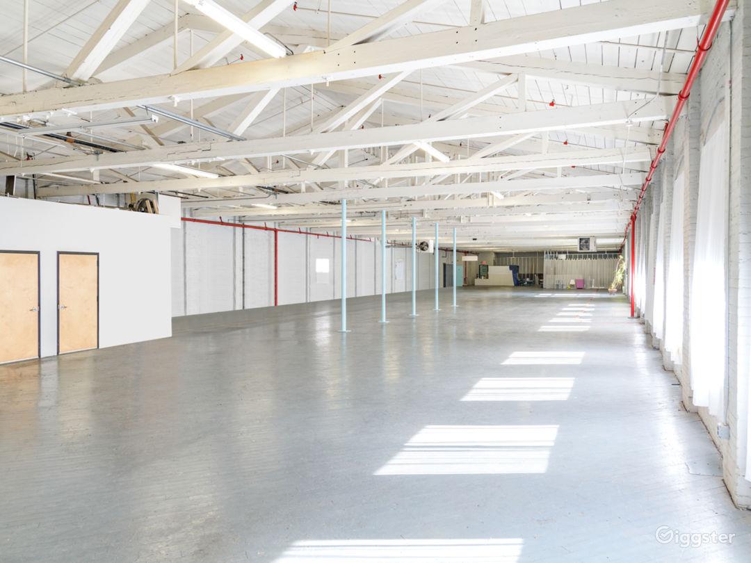 12,000 sq/ft Minimalist Warehouse Loft Photo 3