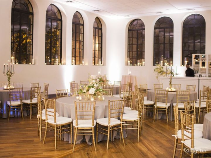 Scenic Event Venue in an Iconic Building Photo 5