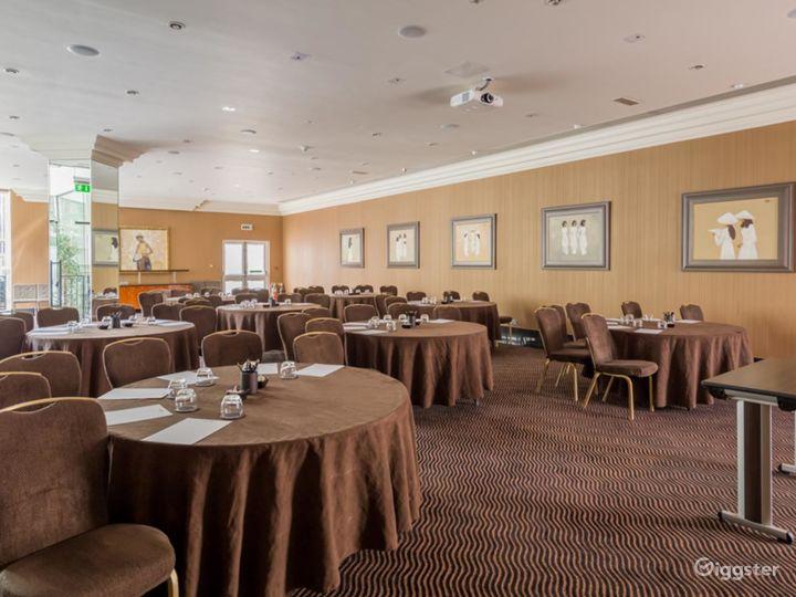 Elegant Newbury Suite 2 for any Events London, Heathrow Photo 3