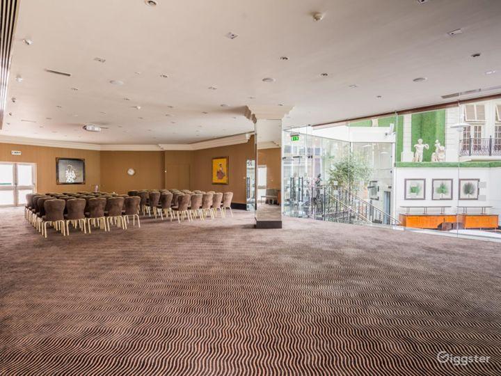 Elegant Newbury Suite 2 for any Events London, Heathrow Photo 5
