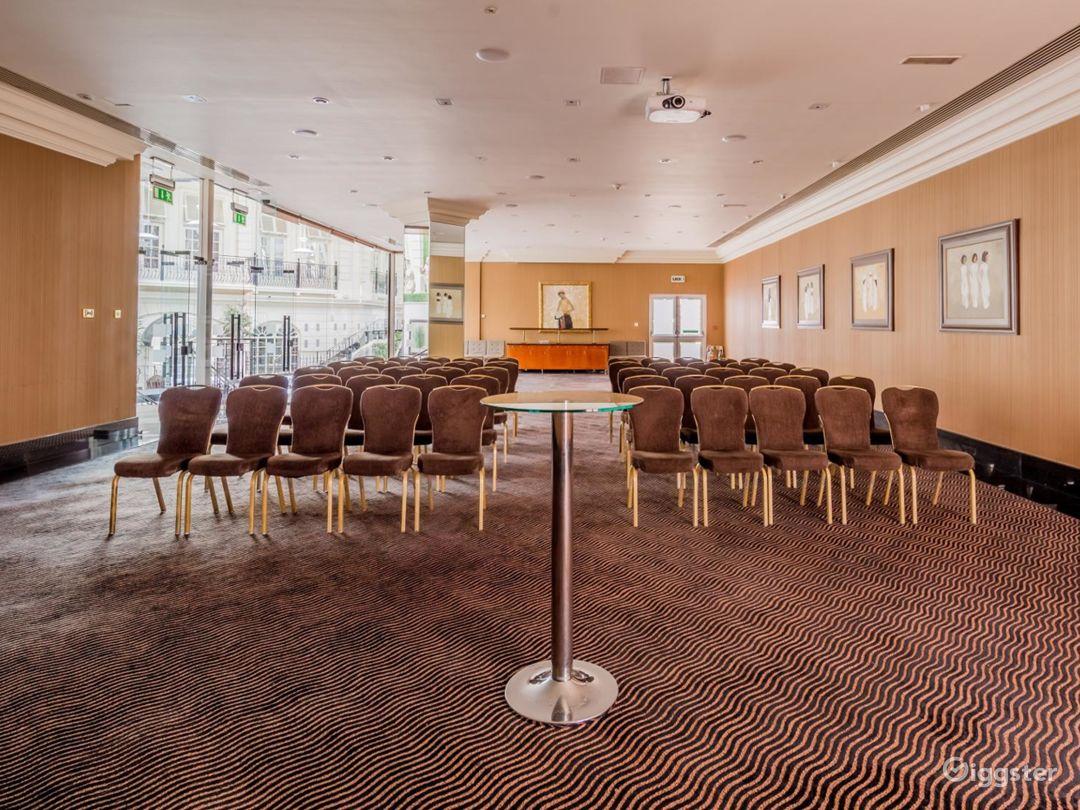 Elegant Newbury Suite 2 for any Events London, Heathrow Photo 1