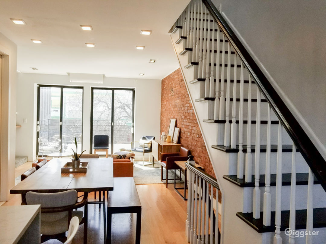 Modern Home in the South Bronx Photo 1