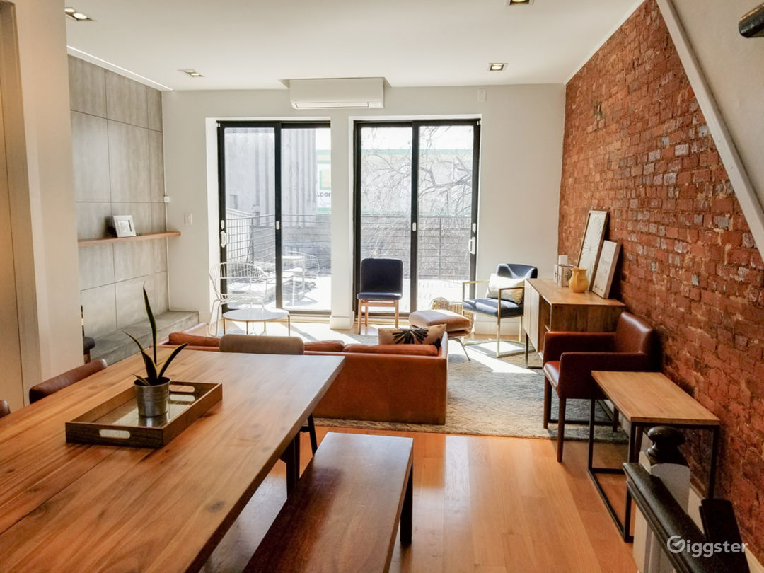 Modern Home in the South Bronx Photo 3