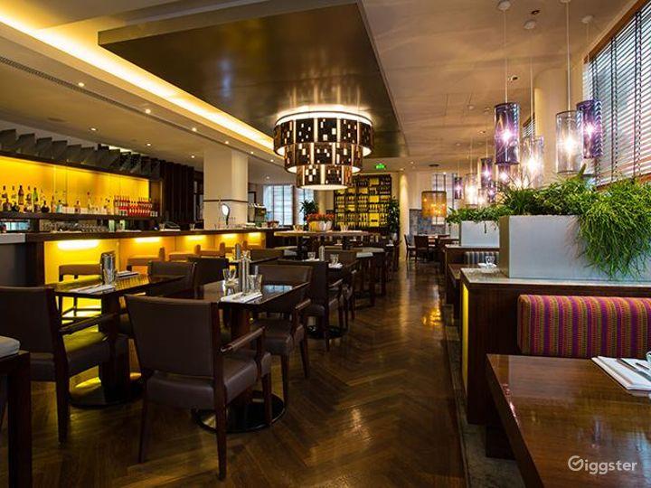 Sophisticated Italian Restaurant in Blackfriars, London Photo 2