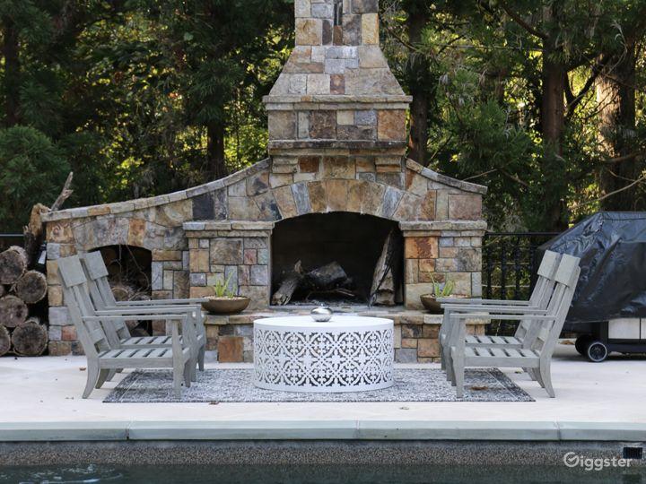 Spectacular Stone Mansion Photo 4