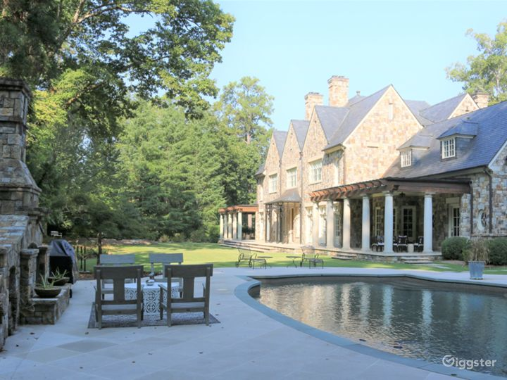 Spectacular Stone Mansion Photo 5