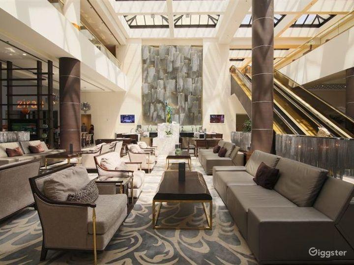 Beautiful Marble Hotel Lobby w Restaurant & Bar Photo 2