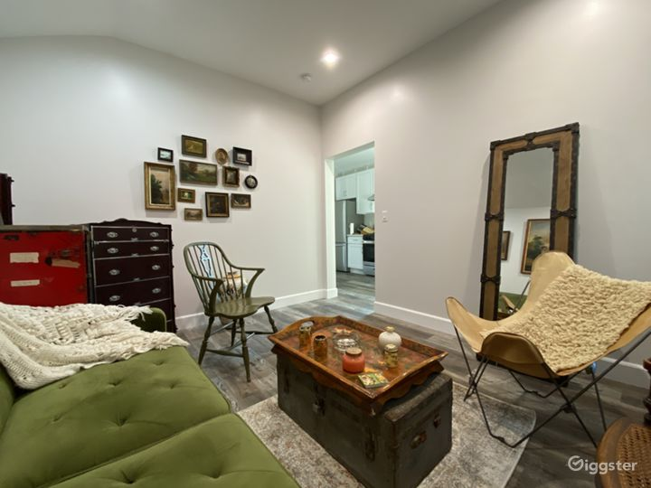 Suburban Studio with Rustic/Boho Designs Photo 3