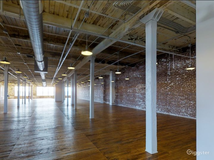 Spacious Event Space for Weddings in Memphis Photo 3