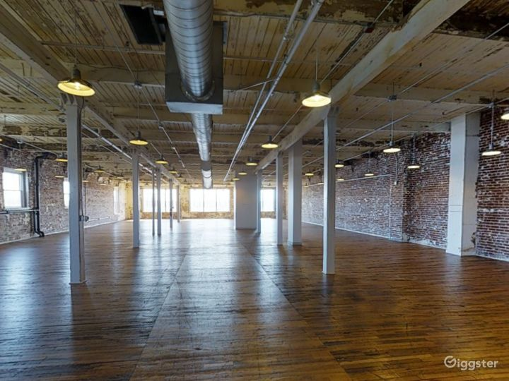 Spacious Event Space for Weddings in Memphis Photo 4