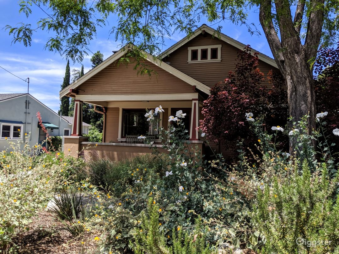 Beautiful 1924 Craftsman bungalow!