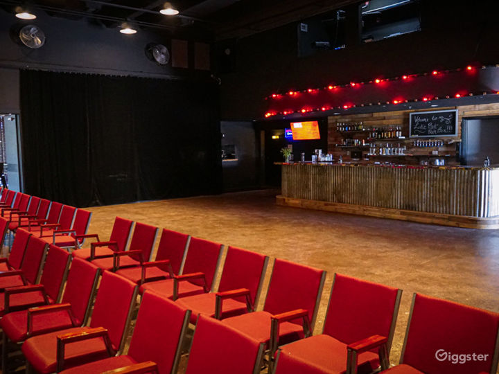 Awesome Theater Event Space in Lake Park Photo 4