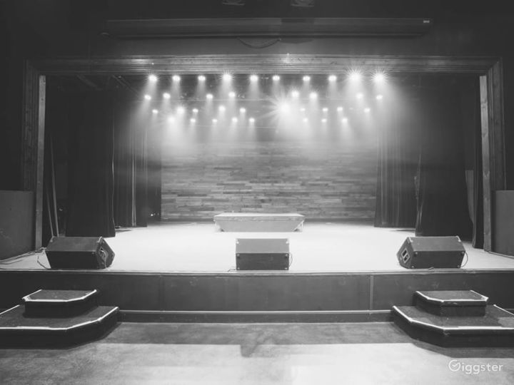 Awesome Theater Event Space in Lake Park Photo 5