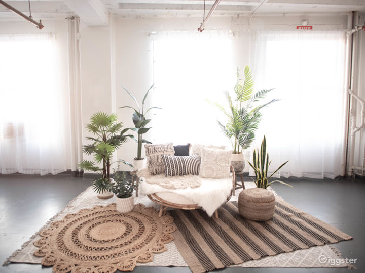 DTLA Boho3 with Rattan Daybed Decor 1,150sf Photo 2