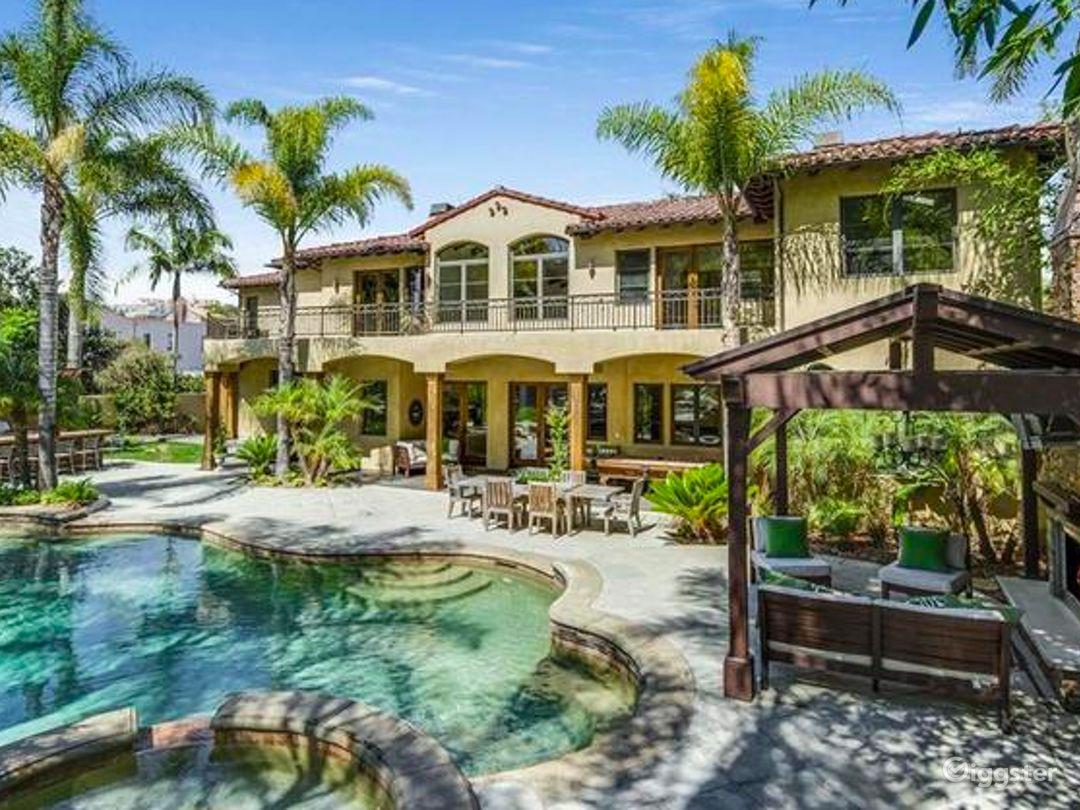 Tropical Home in Hermosa Beach Photo 1
