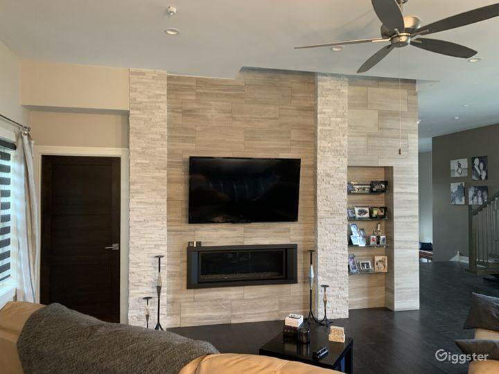 Modern Gourmet kitchen & open concept home Photo 2