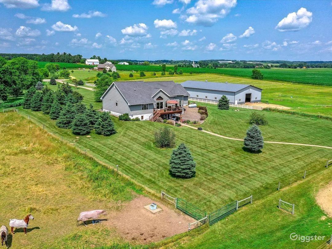 Luxury Country Horse Estate Photo 5