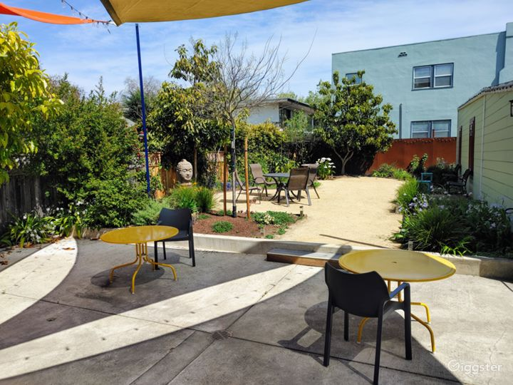 Spacious Outdoor Patio in Berkeley Photo 4