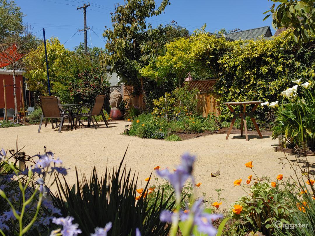 Spacious Outdoor Patio in Berkeley Photo 1