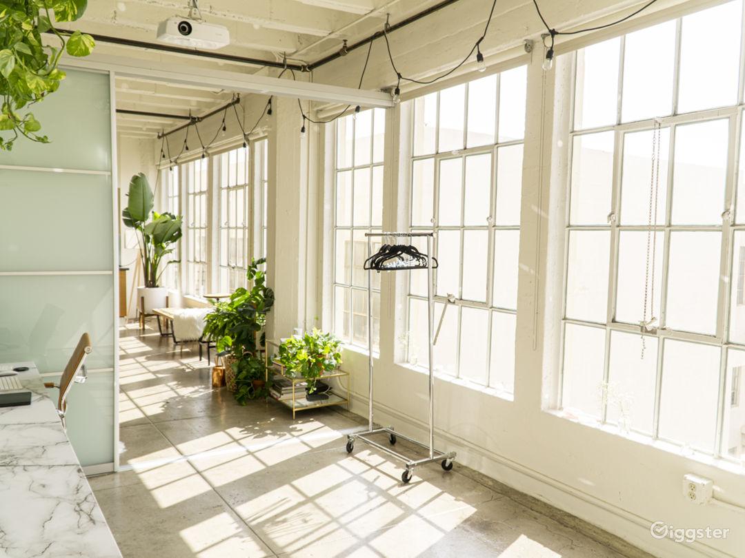 Gorgeous, Sun-drenched, DTLA Photo Studio Loft Photo 2